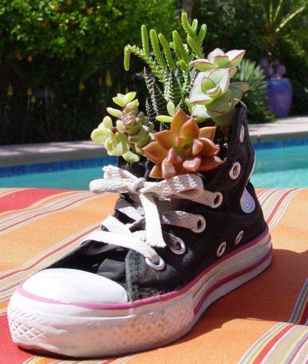Deko-für den Garten-Alter Schuh-Pflanzgefäß moderne Idee