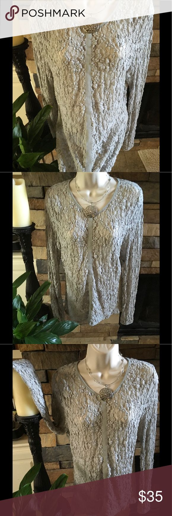 Guess - Guess Silver Stretch Lace Women's 🌿Med.🌿 Guess - Guess Silver Stretch Lace Women's 🍃Size Medium M Knit Top🍃 Guess Tops Tees - Long Sleeve