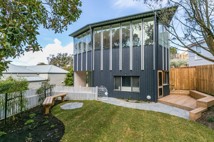 BLUE FERN Holiday House Lorne Great Ocean Road Accommodation