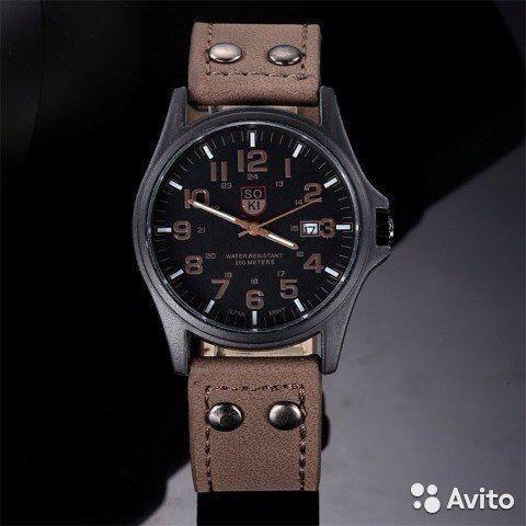 Часы мужские  Пушкин  Новые!  Классические мужские часы  SO KI, влагонепроницаемые.  Тип: кварцевые Источник энергии: батарейка Цвет ремешка: светло-коричневый  Доставка до метро.