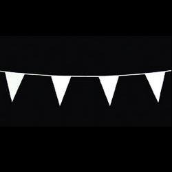 Vlaggenlijn wit -  Een plastic vlaggenlijn met een lengte van 10 meter. Kleur: wit. | www.feestartikelen.nl
