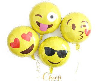 """4pcs set Emoji balloons 18"""" round - emoji balloon - fun party balloons - party decor"""