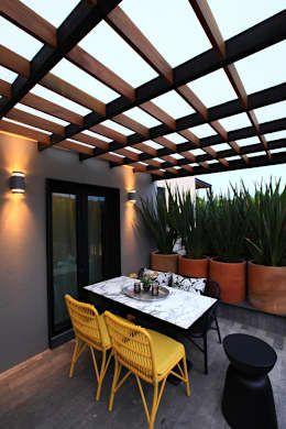Terrazas de estilo  de Germán Velasco Arquitectos
