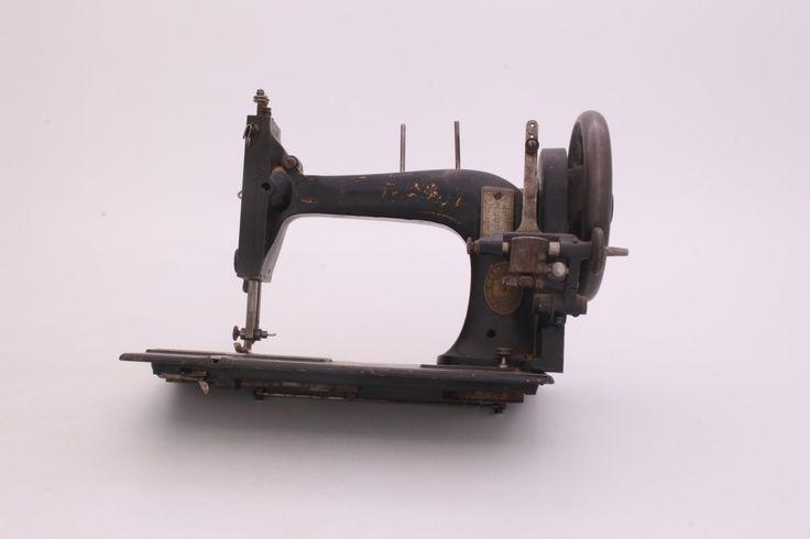 Šicí stroj Gritzner mechanický