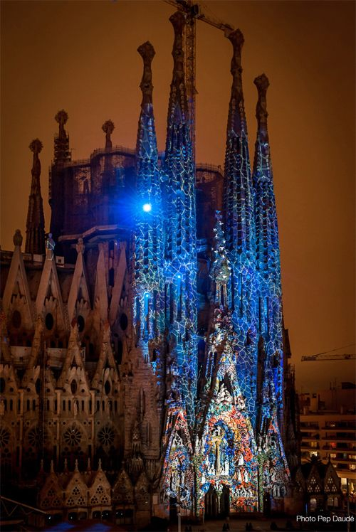 Sagrada-Familia-06.jpg