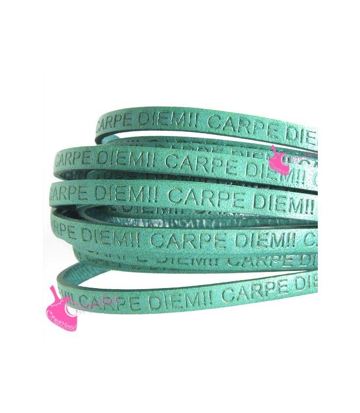 Cordoncino Pelle 5 mm con Scritta Carpe Diem colore Verde Turchese
