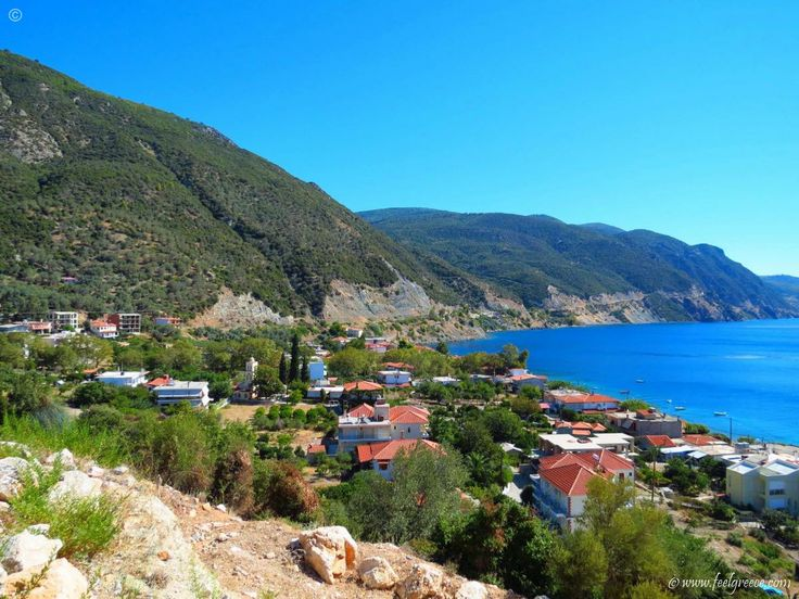 The small fishing village of Ilia seen from the road