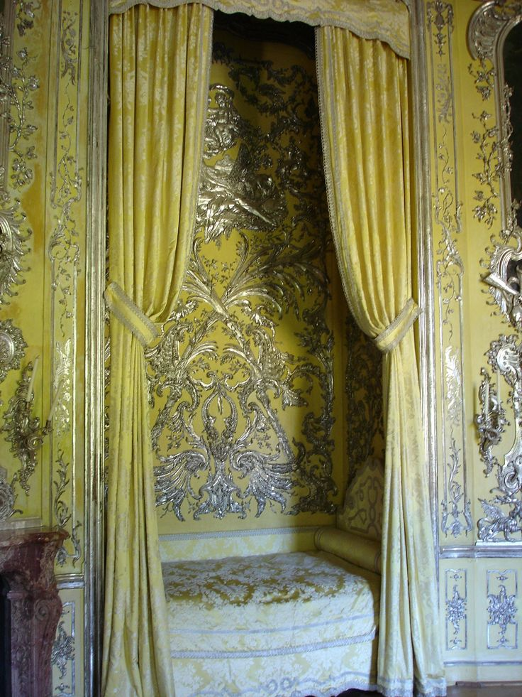 Rococo - glittering silver detail. Sophie Power Board / #riverislandbaroque