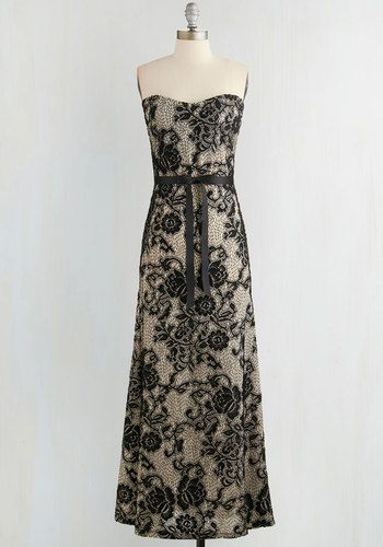 Operatic Occasion Dress From the Plus Size Fashion Community at www.VintageandCurvy.com