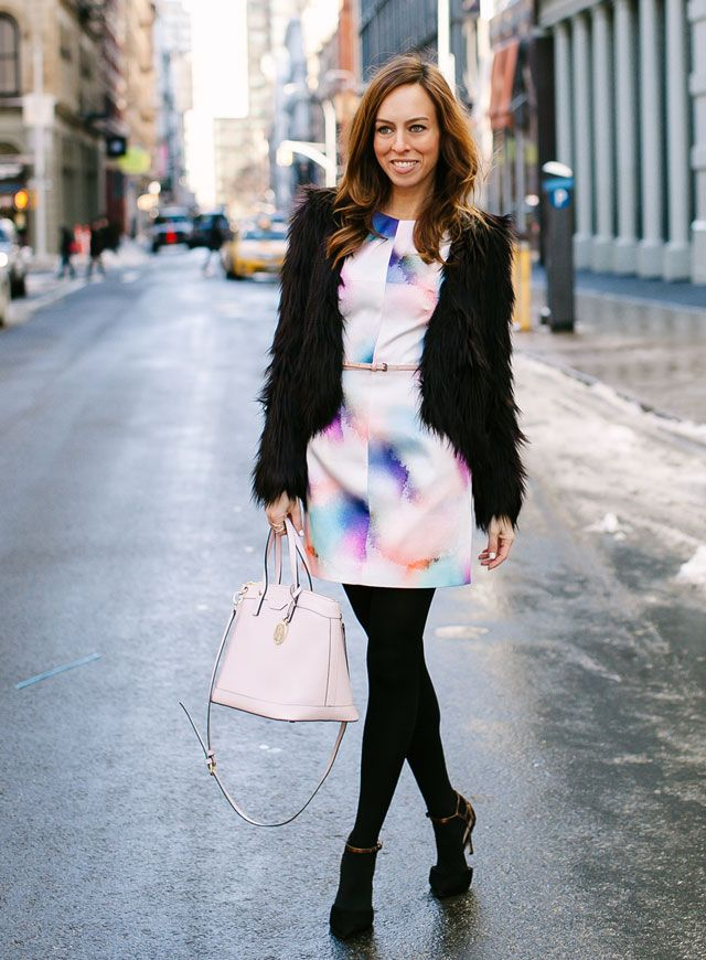 Sydne-Style-new-york-fashion-week-streety-style-what-to-wear-blogger-pastel-trend-faux-fur-coat-french-connection