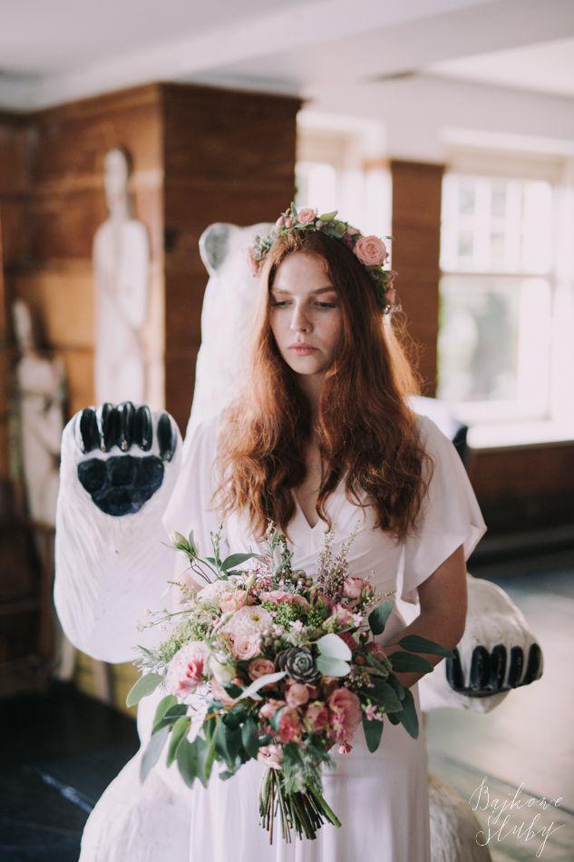 wedding session / session romance / love / bukiet ślubny / fot. Bajkowe Śluby