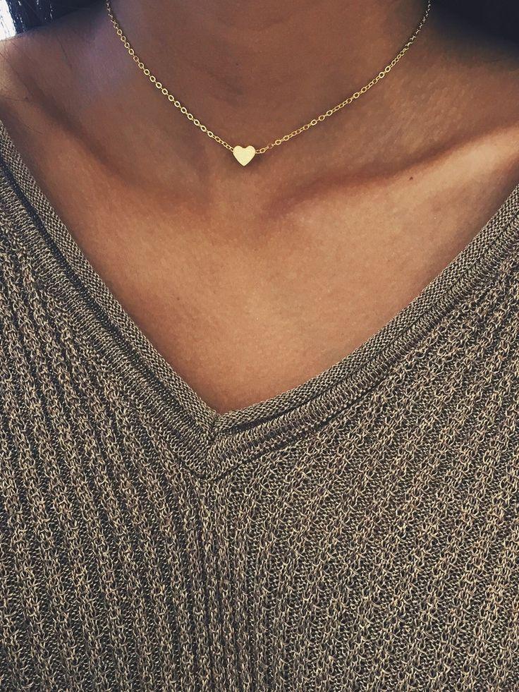 - dainty heart charm - 13-15 adjustable - stainless steel, gold layered - perfect for layering .....Schmuck im Wert von mindestens g e s c h e n k t !! Silandu.de besuchen und Gutscheincode eingeben: HTTKQJNQ-2016