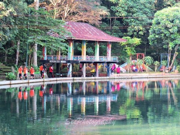 Tempat wisata di Pemalang Jawa Tengah. Memang kota pemalang tidak begitu terkenal gaungnya daru dari segi dunia pariwisata dan bukan sebuah kota yang maju. Namun kalian juga perlu tahu bahwa di Pemalang juga terdapat tempat wisata yang asik dan seru. Tidak kalah dengan tempat wisata lain. Dan di bawah ini adalah daftar tempat wisata di …