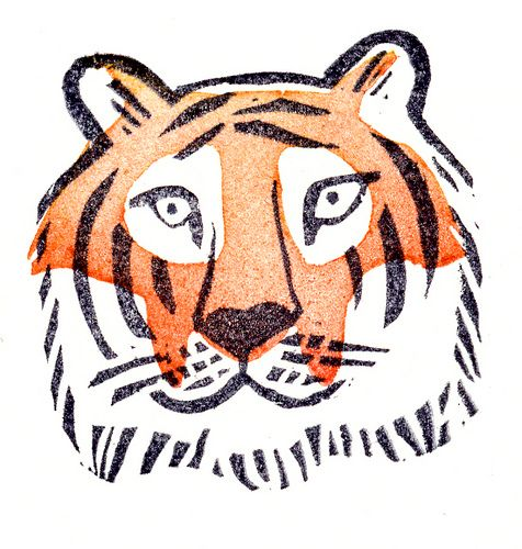 tijger by hier houd ik van. Easy to draw! Curved  and straight lines, dots and color. My tiger didn't look exactly this one - but it doesn't have to!