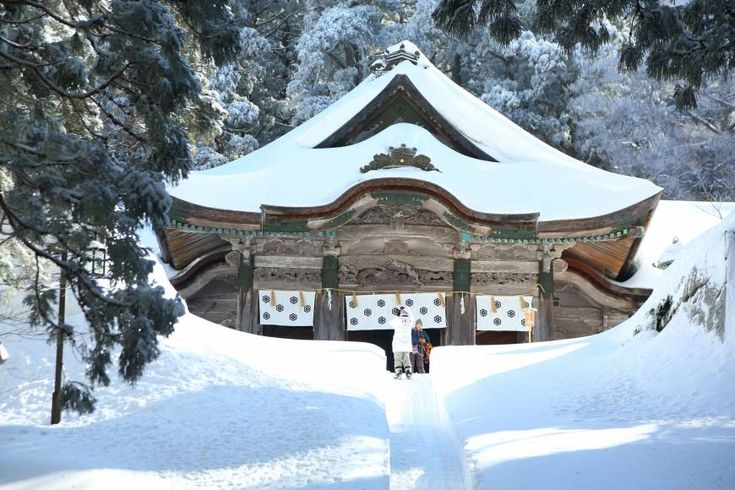 Mount Daisen. Tottori is famous not only for its sandy dunes but also its snow-covered mountains.