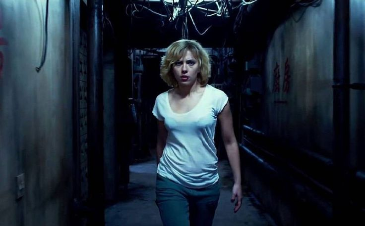"""LUCY (2014) Director: Luc Besson Starring: Scarlett Johansson, Morgan Freeman, Choi Min-sik, Amr Waked Wishing a very happy birthday to the beautiful…"""