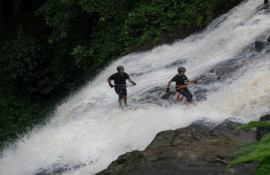 Adventure sport time at Kune Falls, Maharashtra. Photo credit: natureknights.net