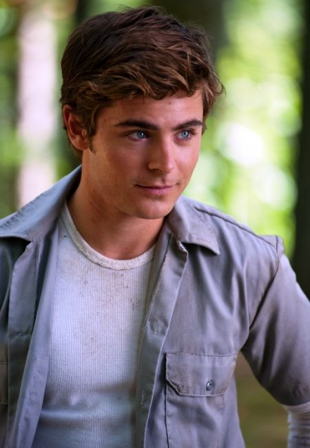Zac Efron is Charlie St Cloud