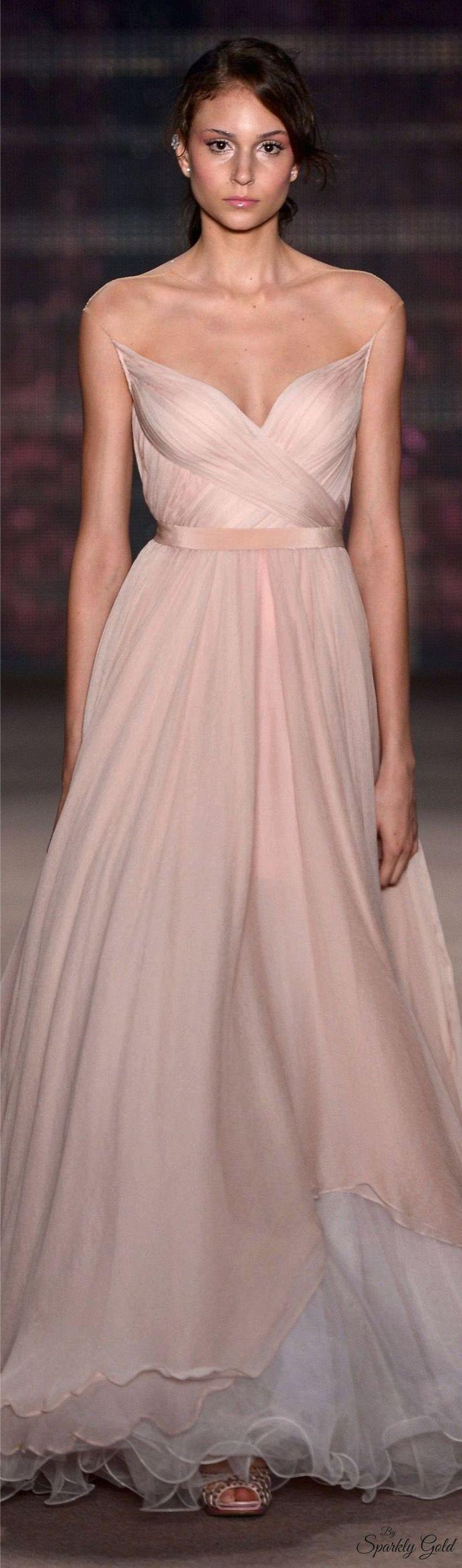 Mejores 210 imágenes de Gowns en Pinterest | Estantería, Alta ...