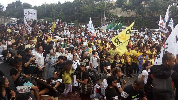 Philippine protesters condemn drug war on anniversary of uprising #World #iNewsPhoto