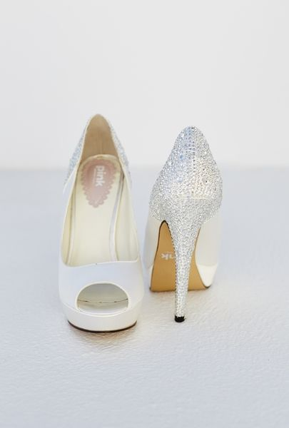 Glamorous #bridal #shoes #white #silver #accessorize #details #heels #fashion #passion #wedding #planner #santorini #island