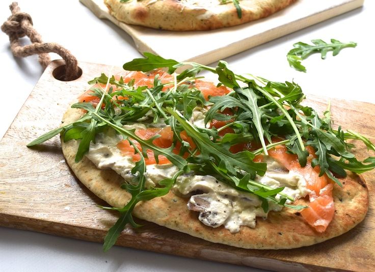 Naanpizza met zalm