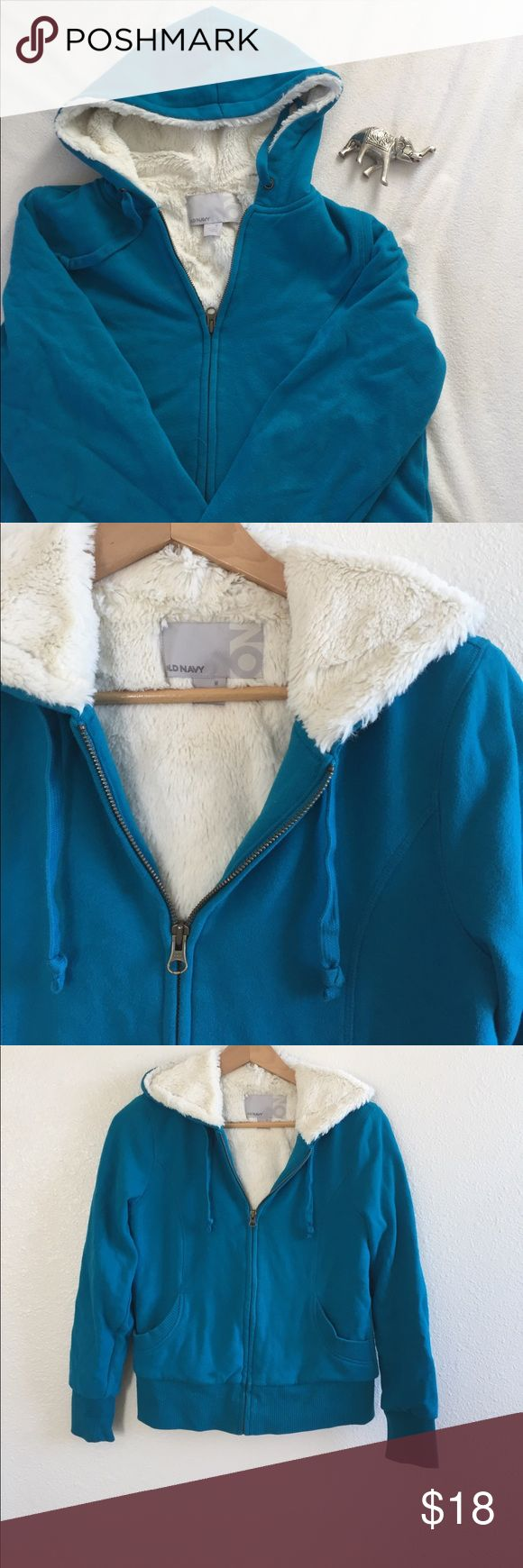 Old Navy Faux Fur hoodie Bright blue/green Hoodie from Old Navy with white faux fur. Very comfortable and warm. Size M. 60% Cotton, 40% Polyester. Old Navy Tops Sweatshirts & Hoodies