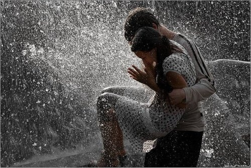 Fountain in the rain.: Heart, Inspiration Couple, Adorable Couple, Quote, Photos Shoots, Ashley Books, Rain Day, Rainy Sky, Stories Inspiration