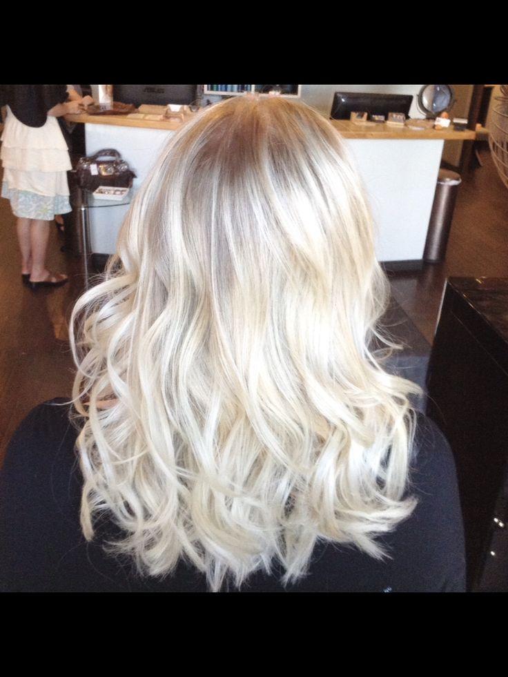 Bombshell blonde platinum blonde hair by Sami Schneider Marilyn Monroe