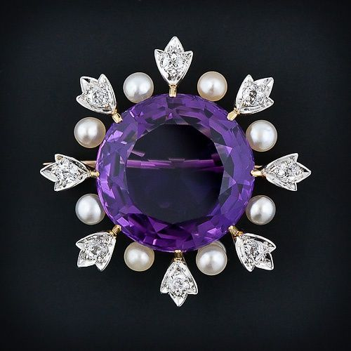 Majestic And Sizable Platinum, 18k Yellow Gold, Amethyst, Diamond And Pearl Brooch Signed By The Pioneering American Jeweler Black Starr & Frost - c. 1900