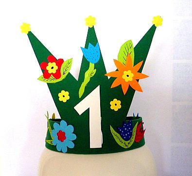 OpaBilder/basteln-Geburtstagskrone-Moosgummi-Tonpapier-Blumen