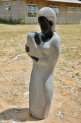 Sculpture from Zimbabwe. Mother and Baby