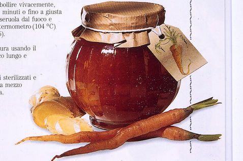 Confettura speziata di carote