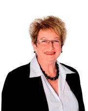 Lynette Sickler, Salesperson