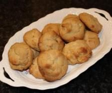 Recipe White Choc Chunk & Macadamia Biscuits by Gabrielle L - Recipe of category Baking - sweet