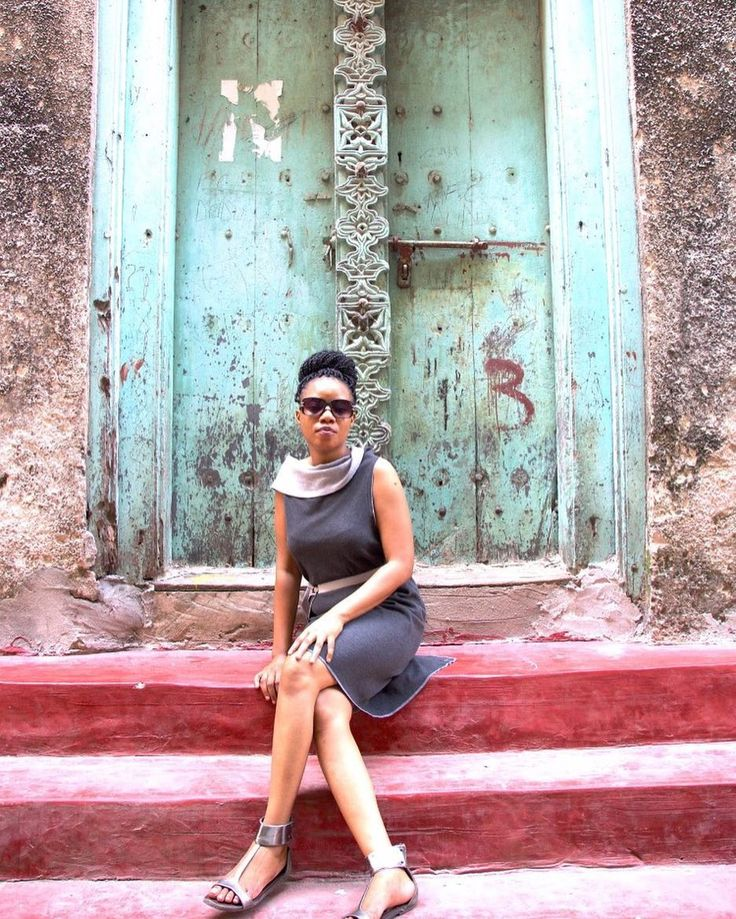 We wish you a happy wrappy Tuesday & send you some African vibes #zanzibardiaries