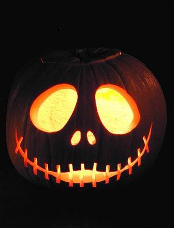 Nightmare Before Christmas - carved jack o lantern. I want to try this! Pumpkin
