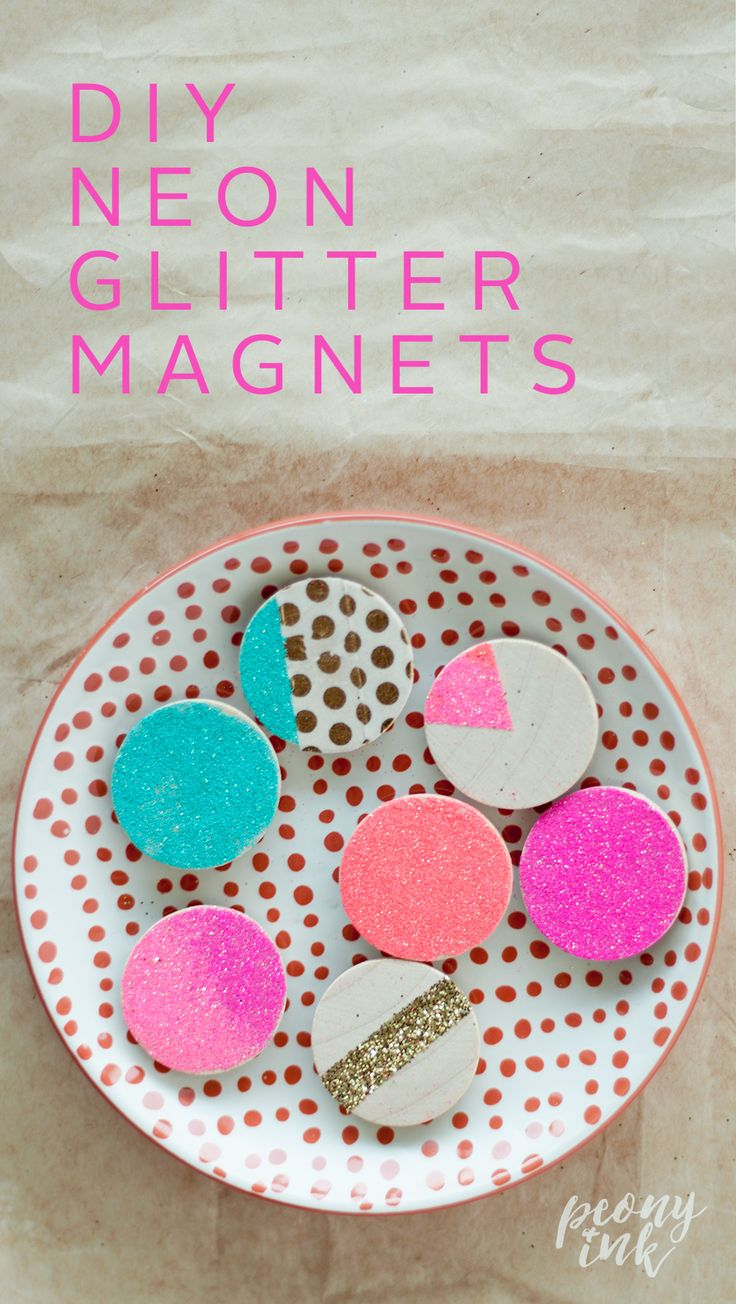 DIY: How to make Neon Glitter Magnets to brighten up your fridge or office on Peony + Ink