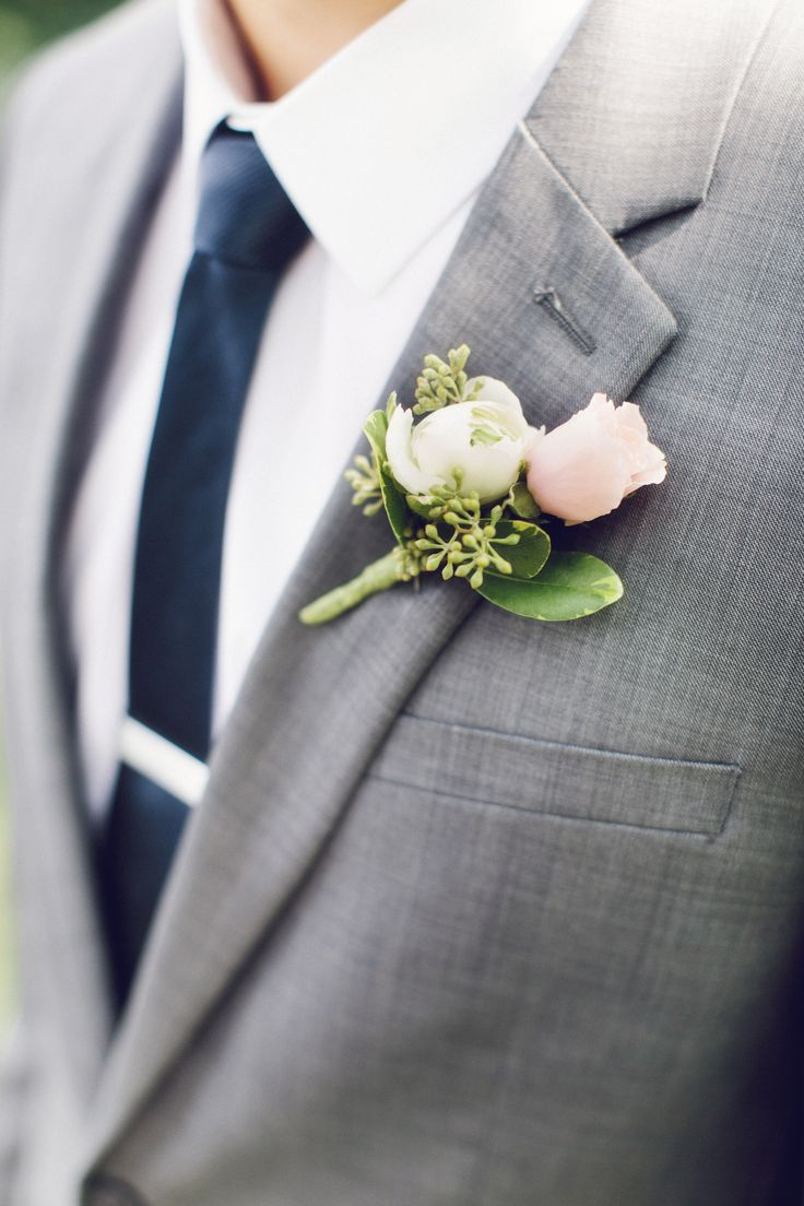 Blush Rose Boutonniere | Jaclyn Marie Photography | Moore Flowers Berry Hill | www.theknot.com