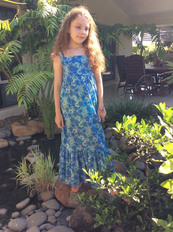 Check out this item in my Etsy shop https://www.etsy.com/au/listing/496417573/tween-girls-maxi-sunfrock-in-blue-floral