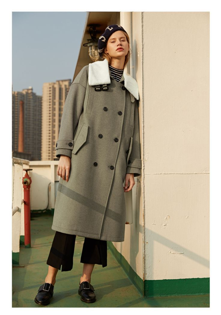 PEACEBIRD AIR FORCE STYLE VINTAGE WHITE WOOLEN COLLAR LONG OVERCOAT  US$219.00