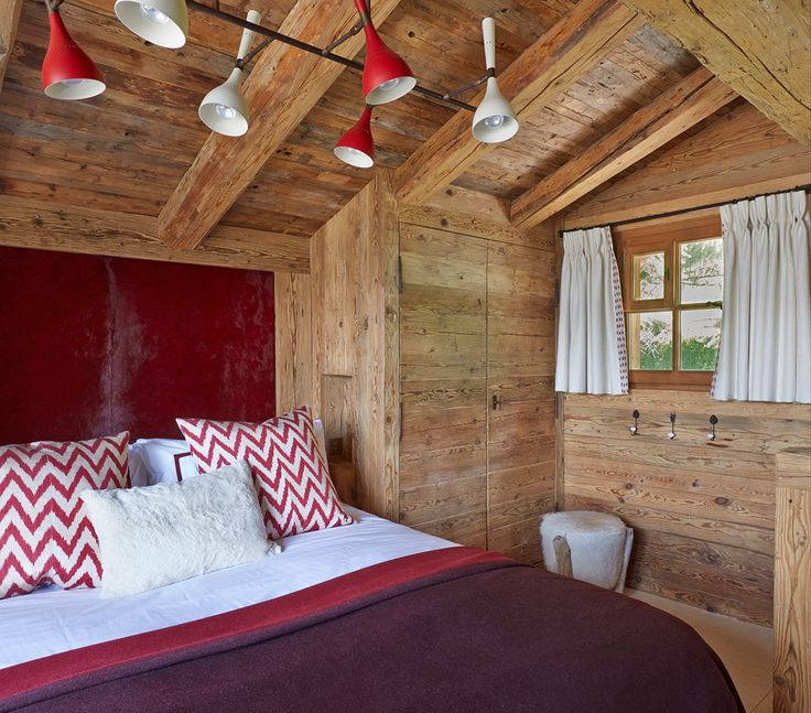 Interior design chalets swiss chalet todhunter earle for Swiss chalet plans