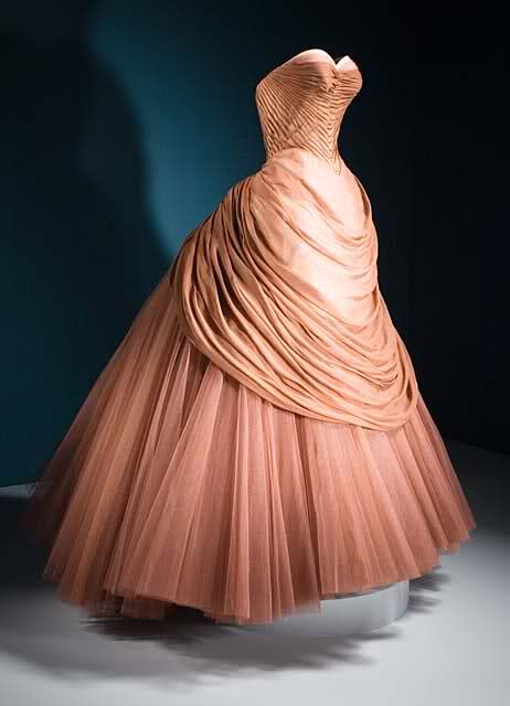 1950s salmon colored gown. Charles James