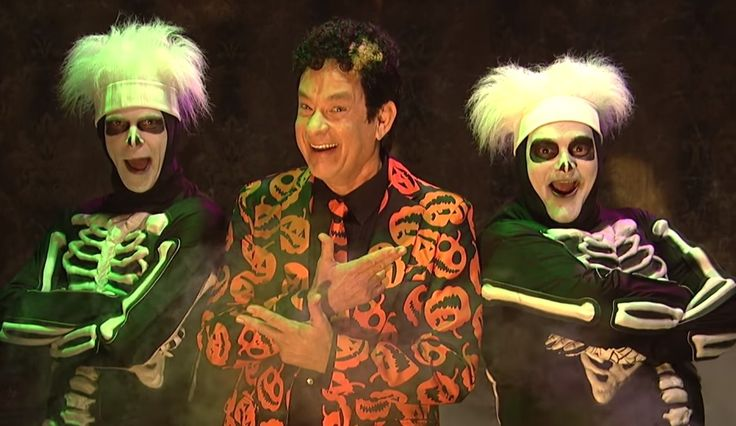 Tom Hanks' Hilarious David Pumpkins Is The 'SNL' King Of Halloween ...