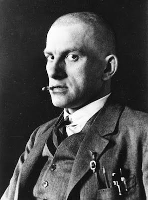 Vladimir Maïakovski by Alexander Rodchenko, 1924
