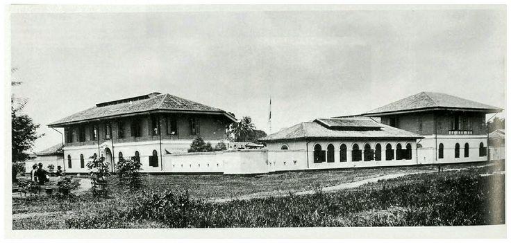 """De Medan """"benteng"""" aan de Bentengweg te Medan 1915."""