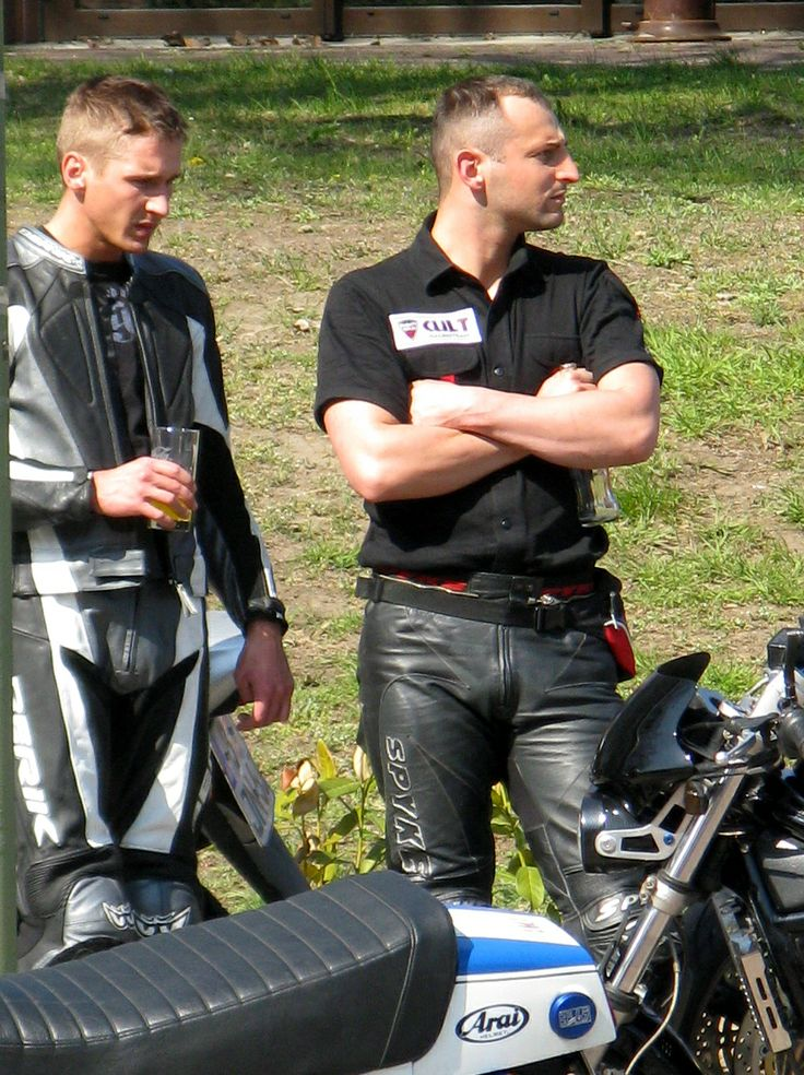 Tight bikerleather