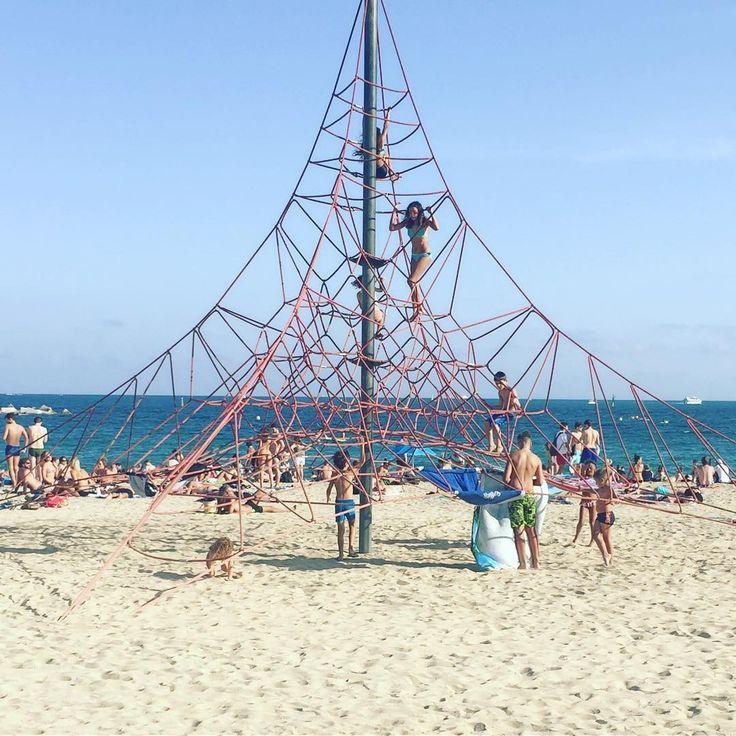 Children playground @ Platja Bogatell (Barcelona)