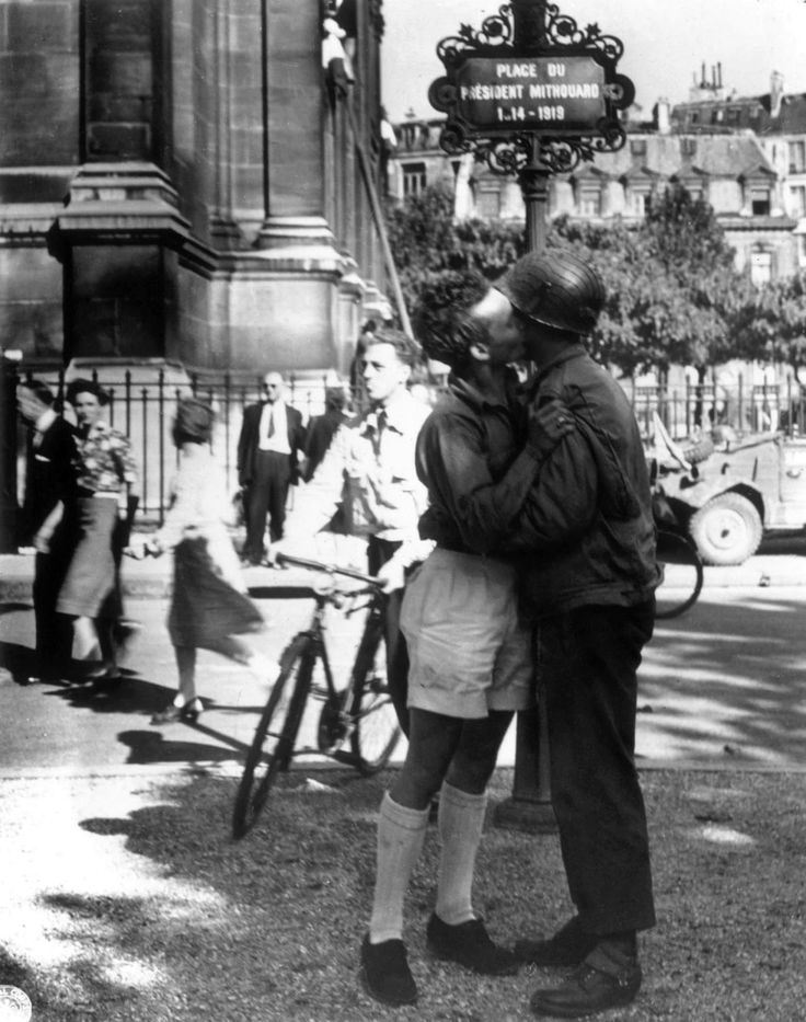 liberation of Paris from the German garrison. On the night of 24 August 1944, elements of General Philippe Leclerc's 2nd Armored Division made its way into Paris and arrived at the Hôtel de Ville (City Hall) shortly before midnight. The next morning, the bulk of the 2nd Armored Division and U.S. 4th Infantry Division entered the city. Dietrich von Cholitz, commander of the German garrison and the military governor of Paris, surrendered to the French at the Hôtel Meurice, the newly…