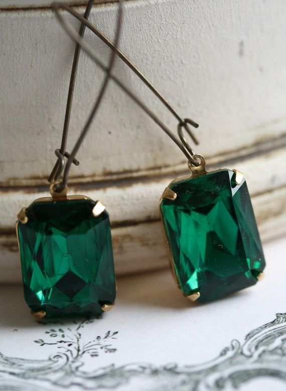 Emerald Green Earrings, Vintage